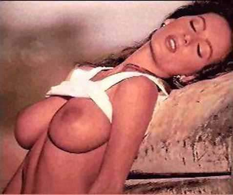 Debbe Dunning topless She seduces