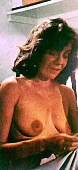 nackt kochen - sehen diesen Clip an Bellotube