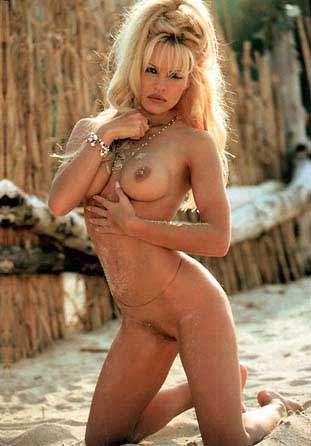 Nacktfotos von David Duchovny im Internet - Mediamass